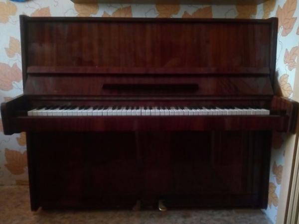 Фортепиано в отличном состоянии. г.Ленск.